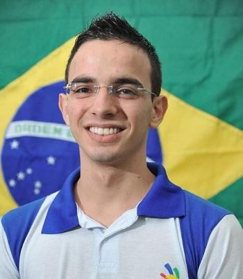 Леандро Эриклеш (Бразилия)
